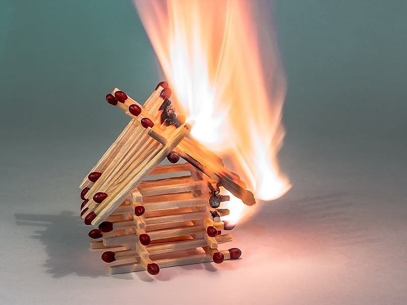 Naturdämmstoffe keine erhöhte Brandgefahr